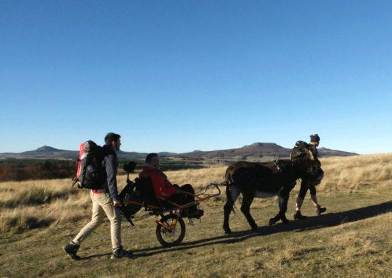Randonnée & handicap, découverte des Monts d'Ardèche à joëlette