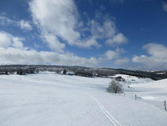 La traversée des monts d'Ardèche à ski de randonnée nordique