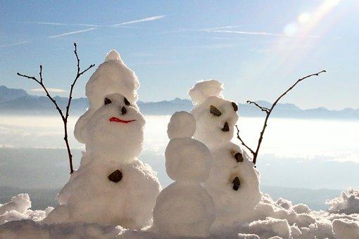 Jeux et loisirs de neige en famille au cœur de l'Auvergne