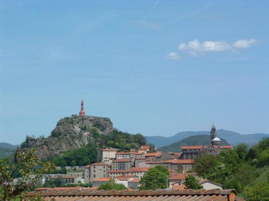Saint Jacques de Compostelle guidé : du Puy en Velay à Nasbinals